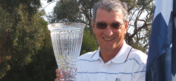 STEFAN Albinski has won his third Australian Men's Senior Amateur Championship with a five stroke victory in SA.