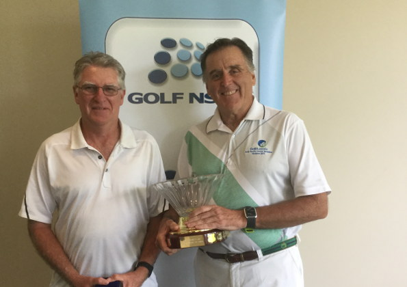 2015 NSW Senior Order of Merit winners – Denis Dale (Twin Creeks, at right holding trophy) and Steve Musgrave (Kogarah)