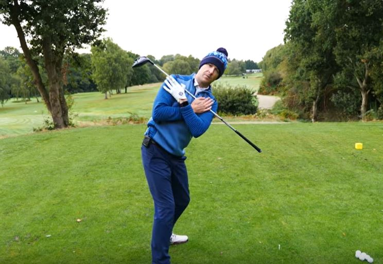 Perfect golf backswing for senior golfers